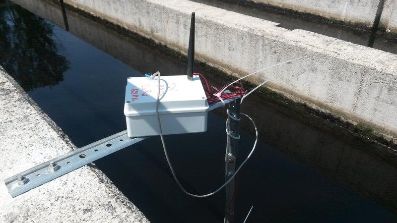 Applicazione LoRa presso un impianto di depurazione: un sensore di qualità dell'acqua trasmette i suoi dati ad un concentratore presso la sala controllo