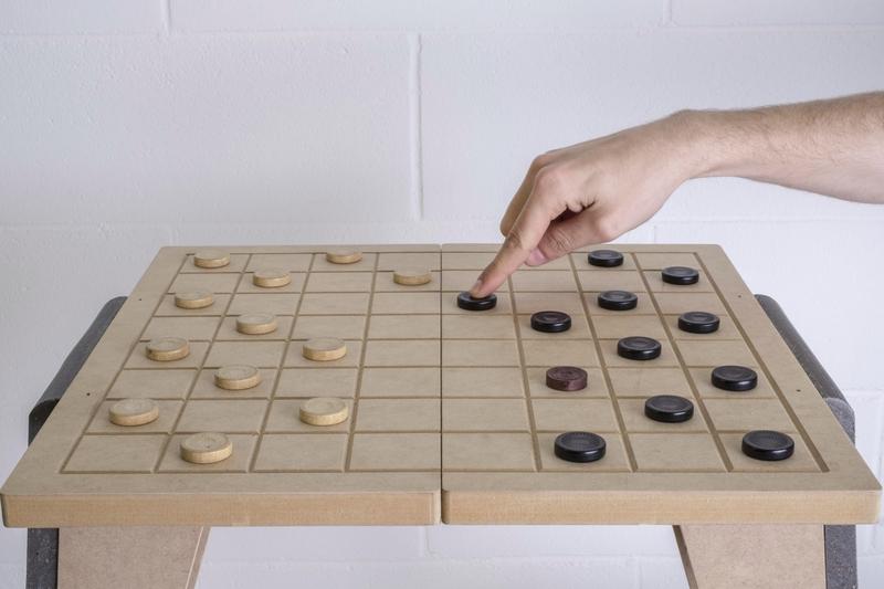 SediaScacchi1