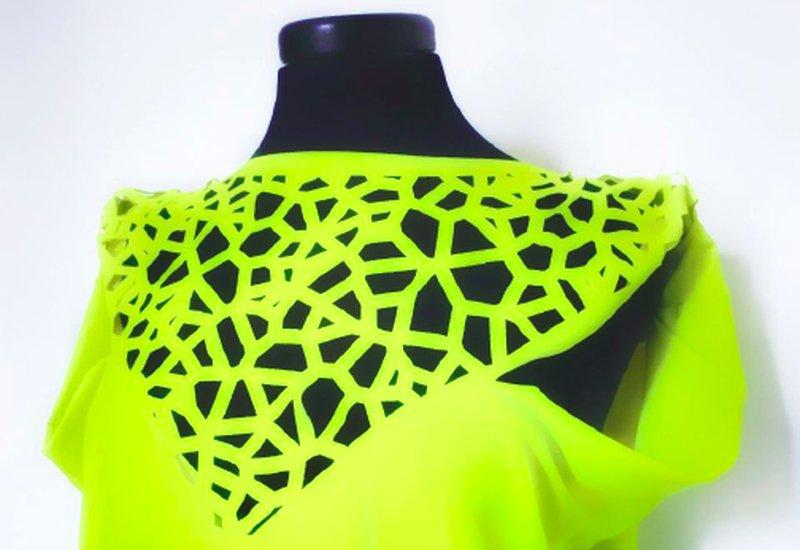 Dettaglio di uno dei modelli che vengono mostrati durate la Digital Fashion Class